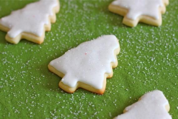Christmas Cookies (Sugar Cookies) with Royal Icing – I Adore Food
