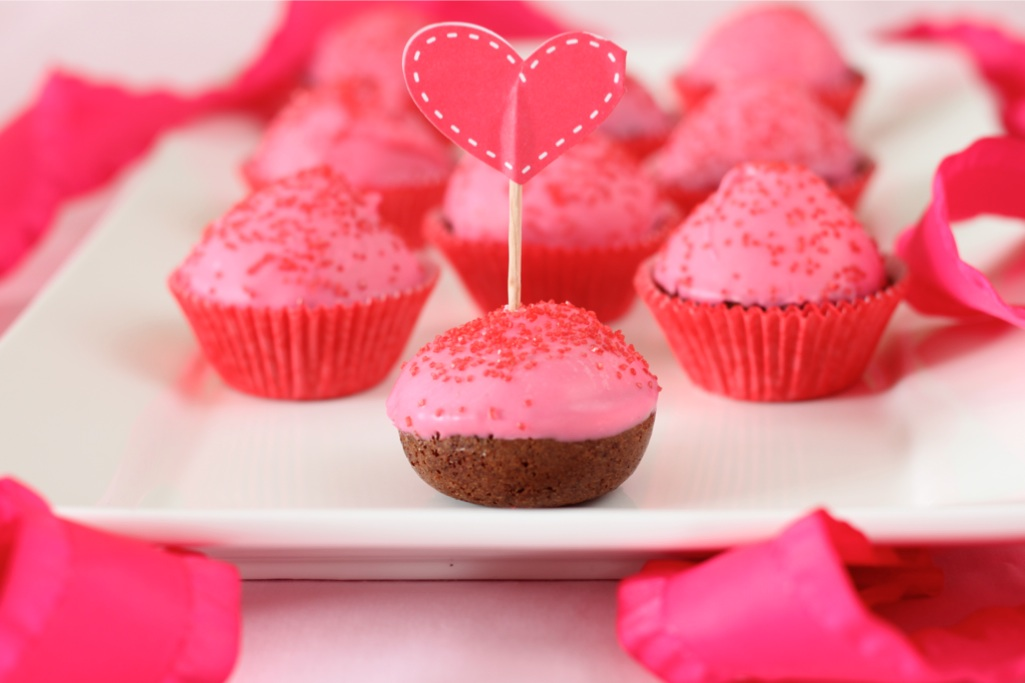 Cake Pops, Valentine's day style! – I Adore Food