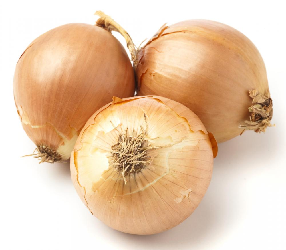 Picture Source: http://www.wisegeek.com/what-is-a-spanish-onion.htm